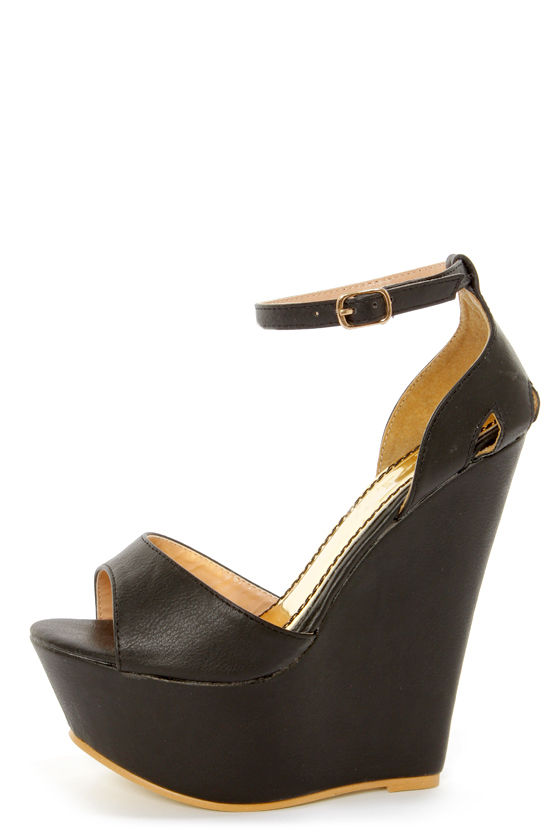 Moda 2 Black Super Platform Wedge Sandals at Lulus.com!