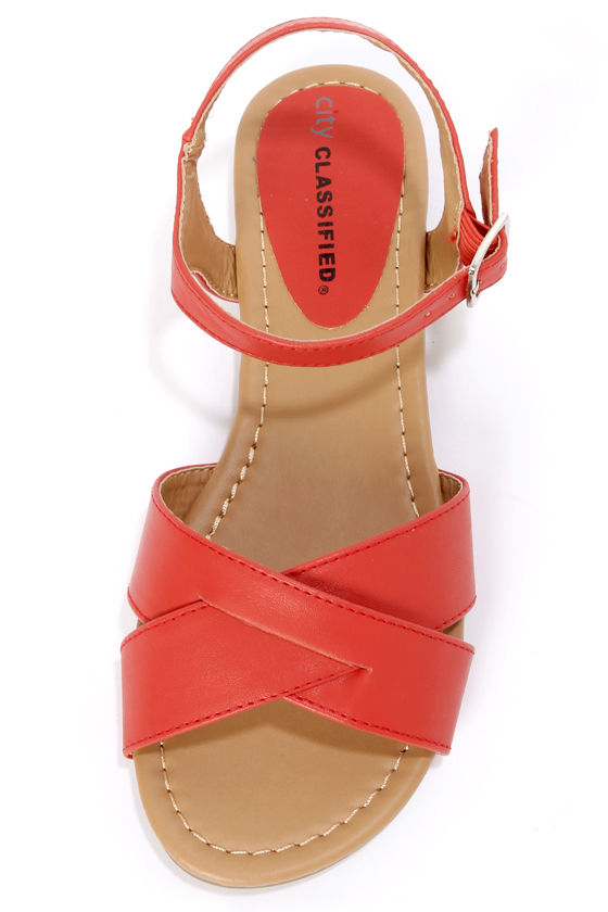 City Classified Colton Red Crisscrossing Flat Sandals at Lulus.com!