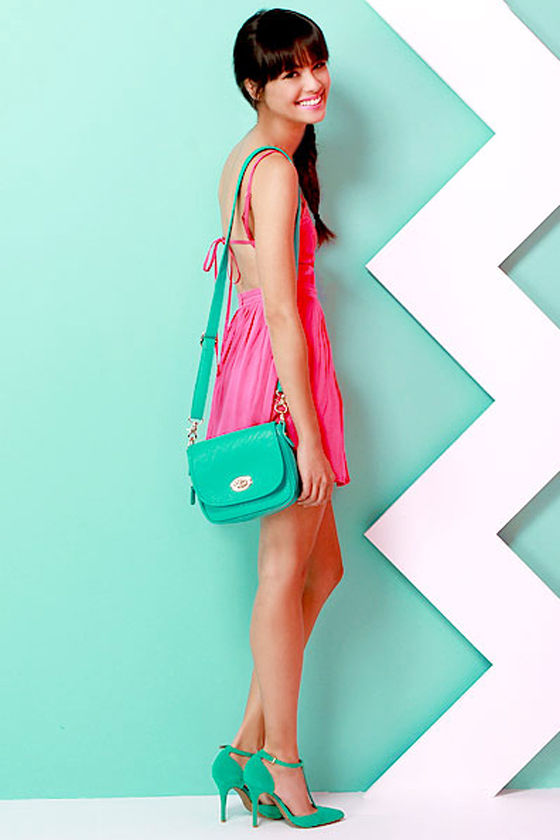 Going Places Teal Purse at Lulus.com!