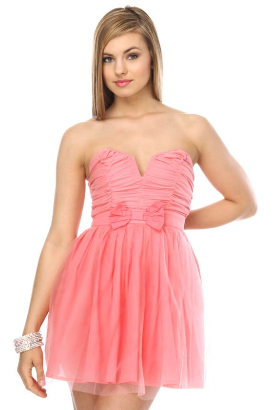 Retro Strapless Pink Dress