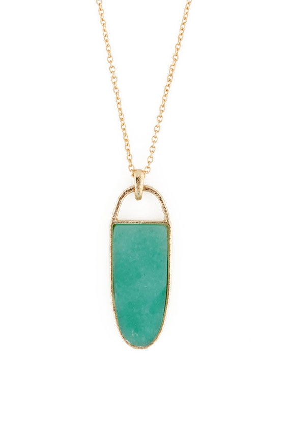 Green Fables Gold & Green Necklace at Lulus.com!