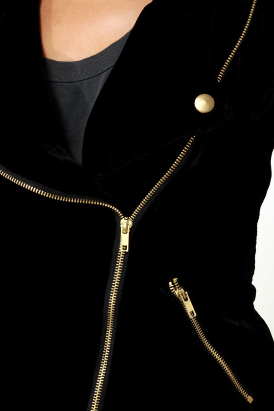 De-velvet-ishly Good Black Velvet Jacket at Lulus.com!