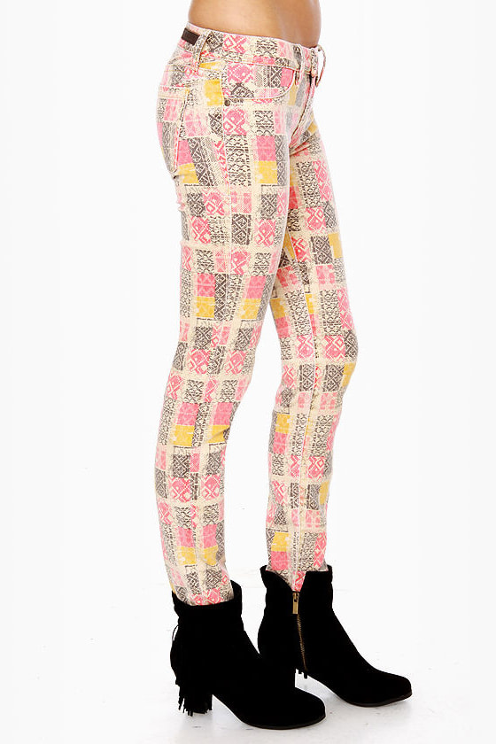 Blank NYC Love & Theft Print Skinny Jeans