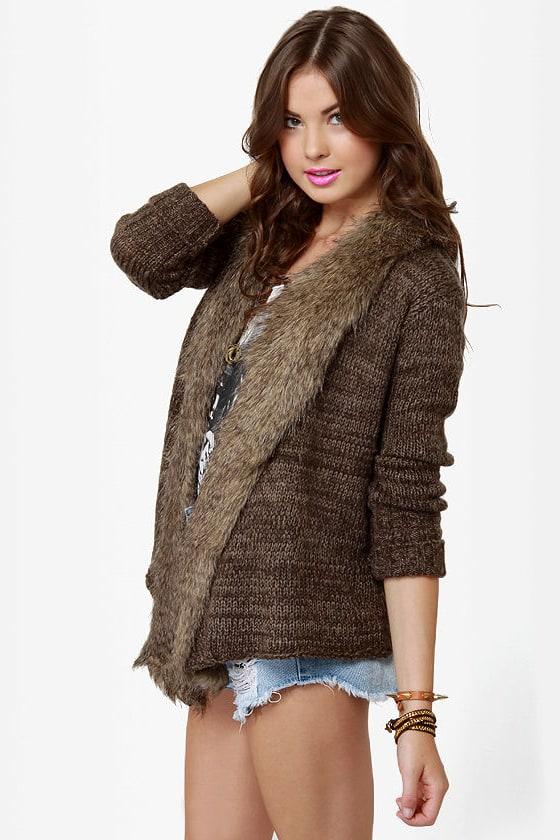 BB Dakota by Jack Gill Brown Sweater