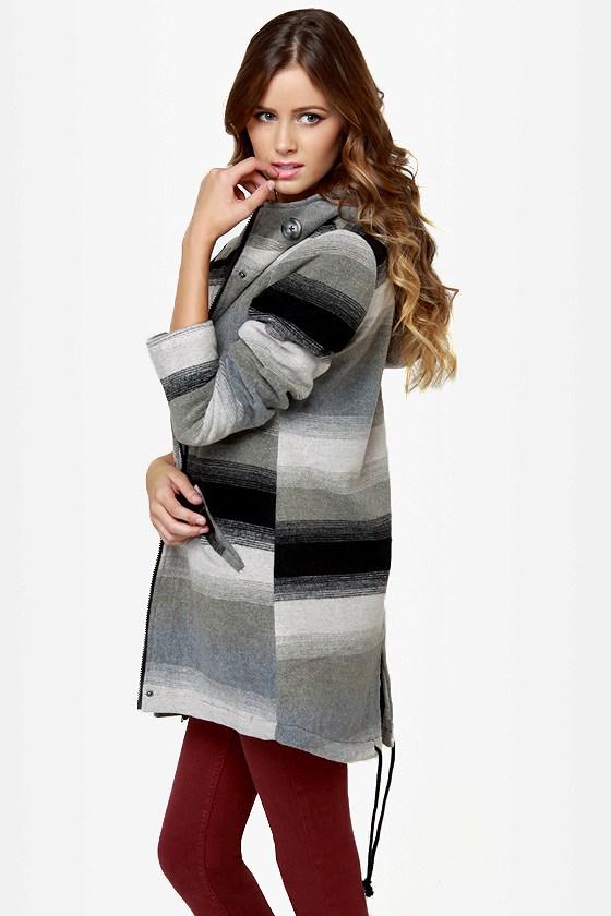 BB Dakota by Jack Jeremie Striped Grey Coat