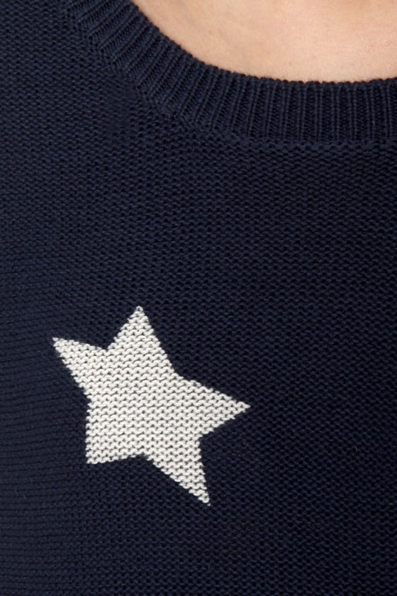 Billabong Homegirlz Po Crop Navy Star Print Sweater at Lulus.com!