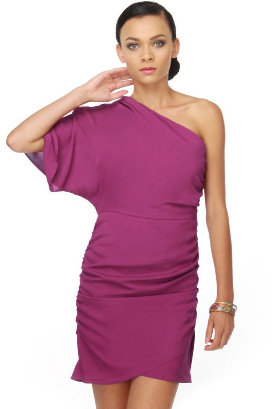 Amor Rosa One Shoulder Magenta Dress
