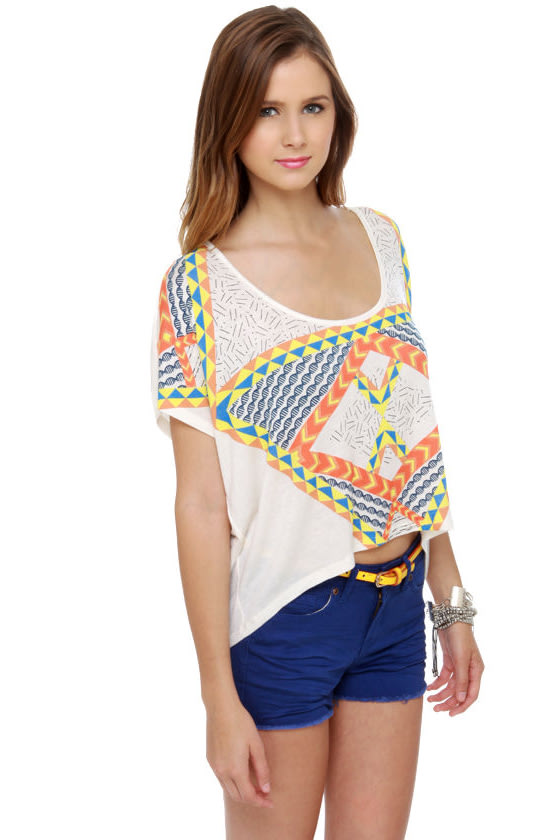 WkShp Temple Ivory Print Crop Top at Lulus.com!