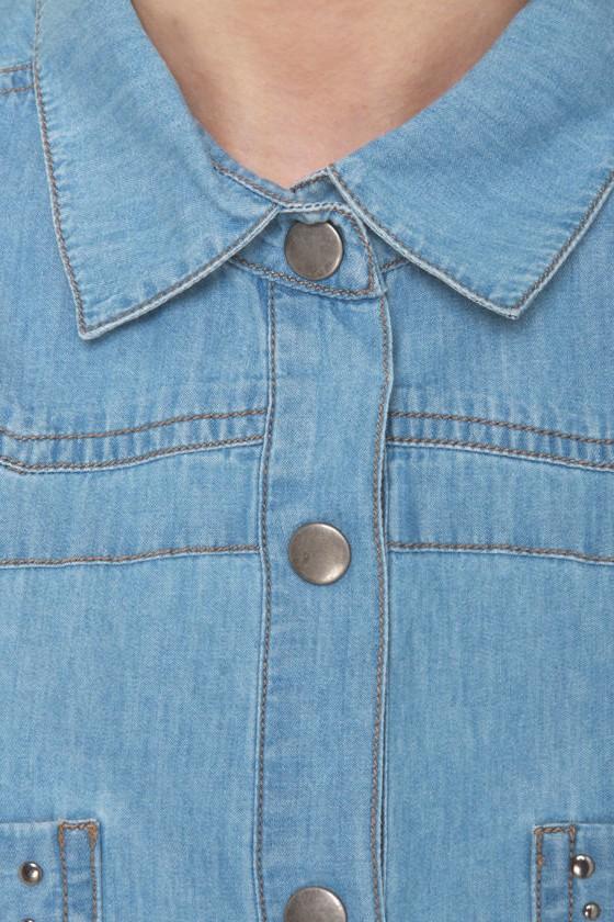 Hardly Strictly Sleeveless Denim Shirt