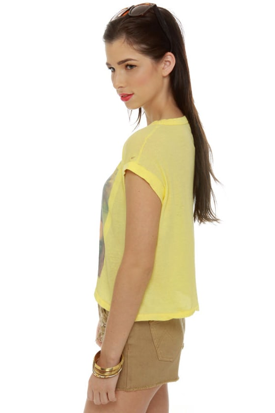 Chaser Blondie Rapture Yellow Crop Top at Lulus.com!