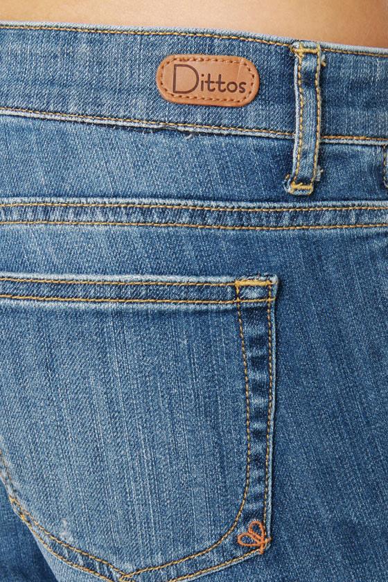 Dittos Sari Mid Rise Straight Leg Boyfriend Jeans