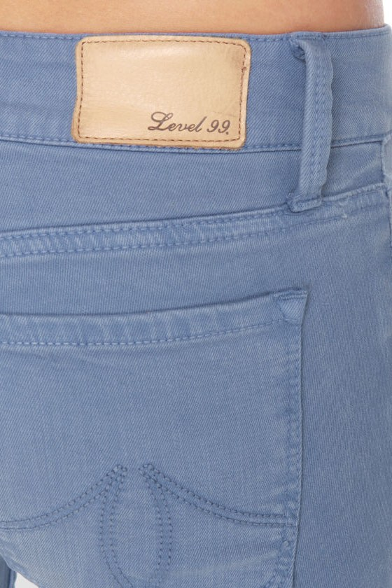 Level 99 Summer Janice Ultra Skinny Cropped Blue Jeggings at Lulus.com!
