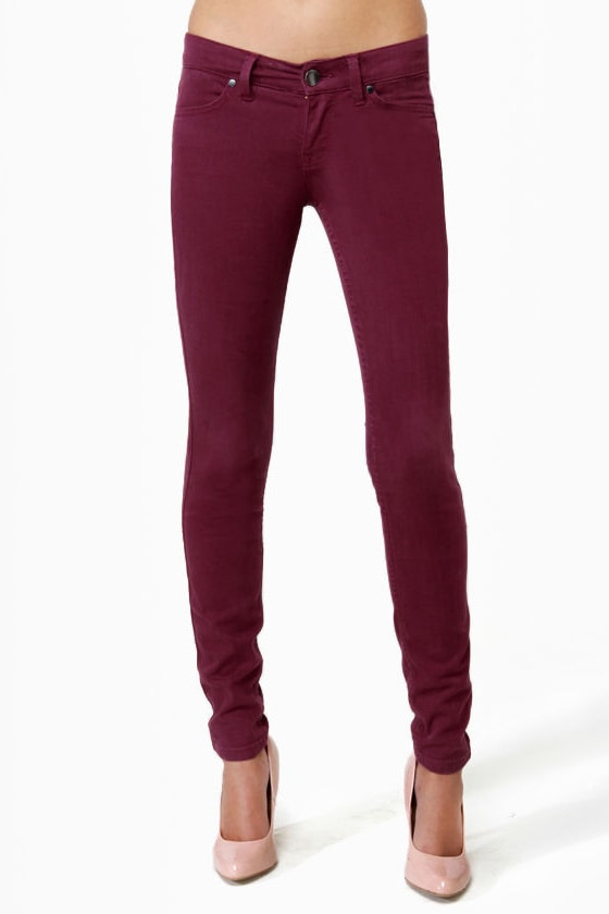 Level 99 Janice Ultra Skinny Burgundy Jeggings at Lulus.com!