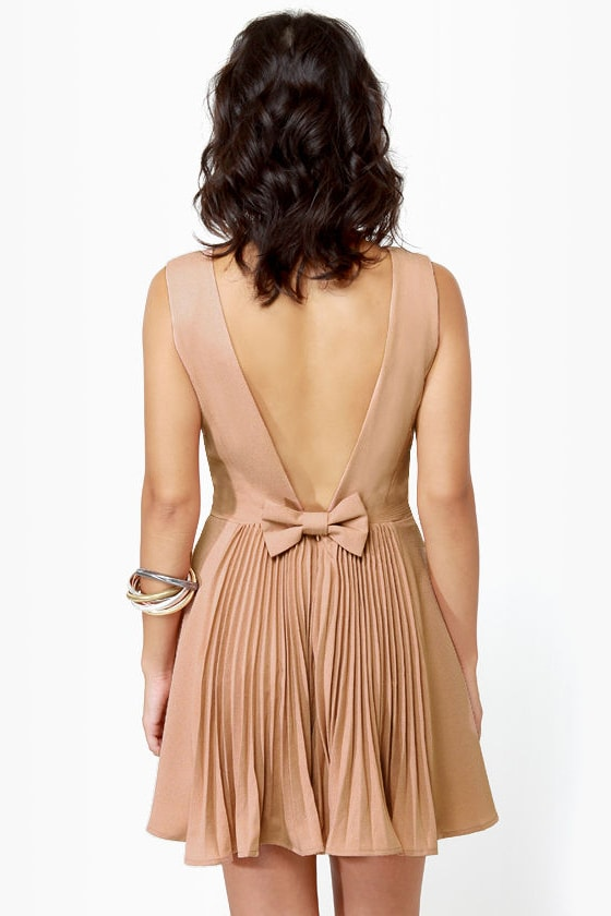 Los Low-Bows Blush Dress at Lulus.com!