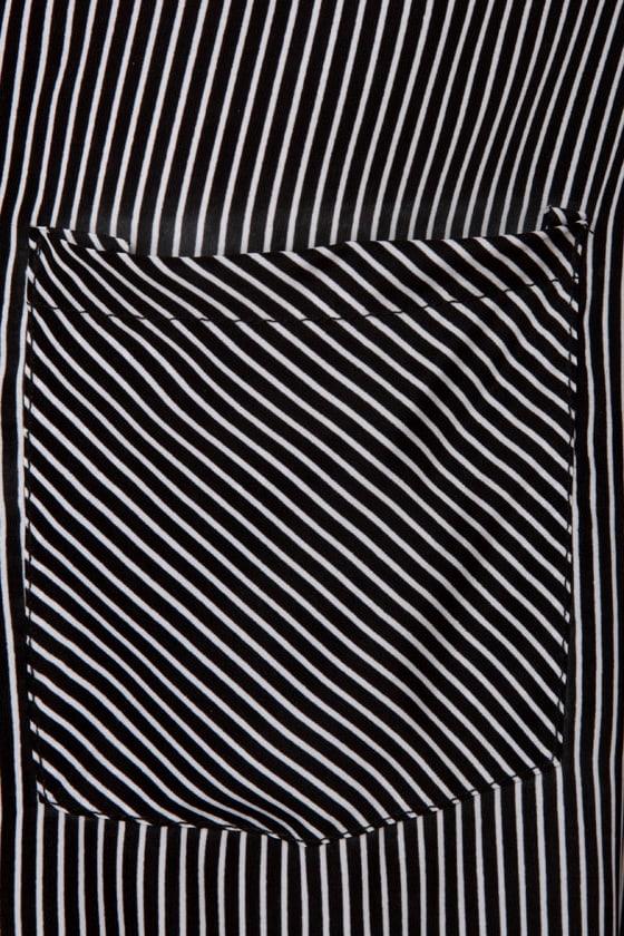 Stereoscopic Striped Black Top