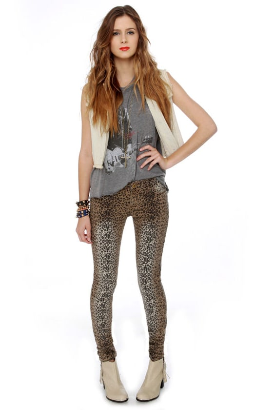 Dressed to the Nine Lives Leopard Print Jeggings