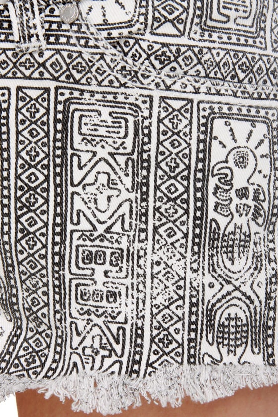Insight Tribal Grunge Low Rider Print Shorts at Lulus.com!