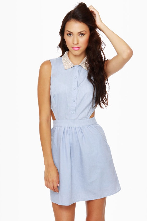 Pearly Girl Chambray Cutout Dress at Lulus.com!