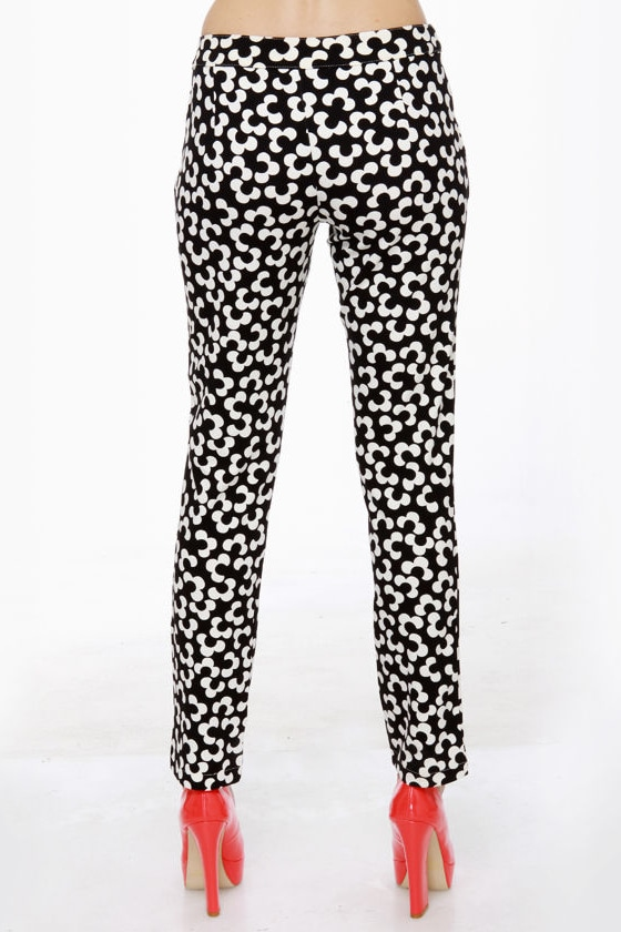 Nod to Mod Black and White Print Pants at Lulus.com!
