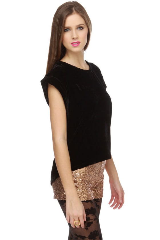 Anjelica Black Velvet Top