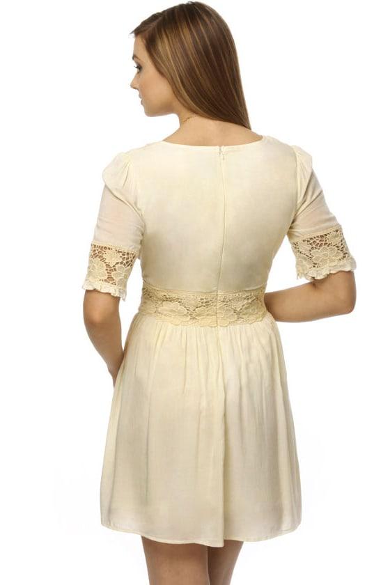 Sonnet for Adora Ivory Dress