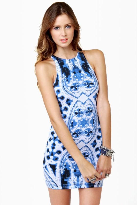 Motel Zena Gothic Placement Print Dress