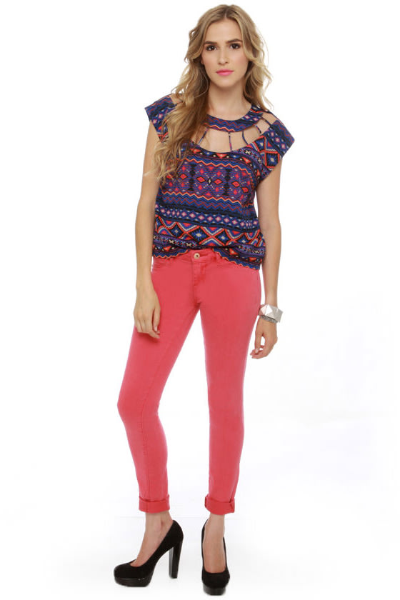 Dream-Cager Blue Print Top at Lulus.com!