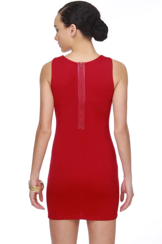 Casa Milà Red Dress