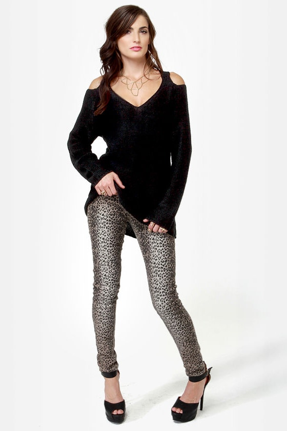 A Bolder Shoulder Black Sweater at Lulus.com!