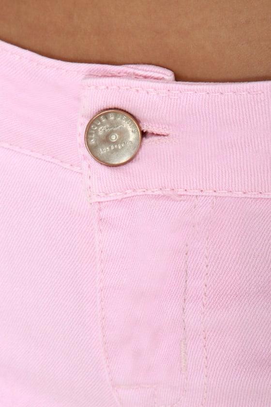 Shortcut-off Slashed Pink Denim Shorts