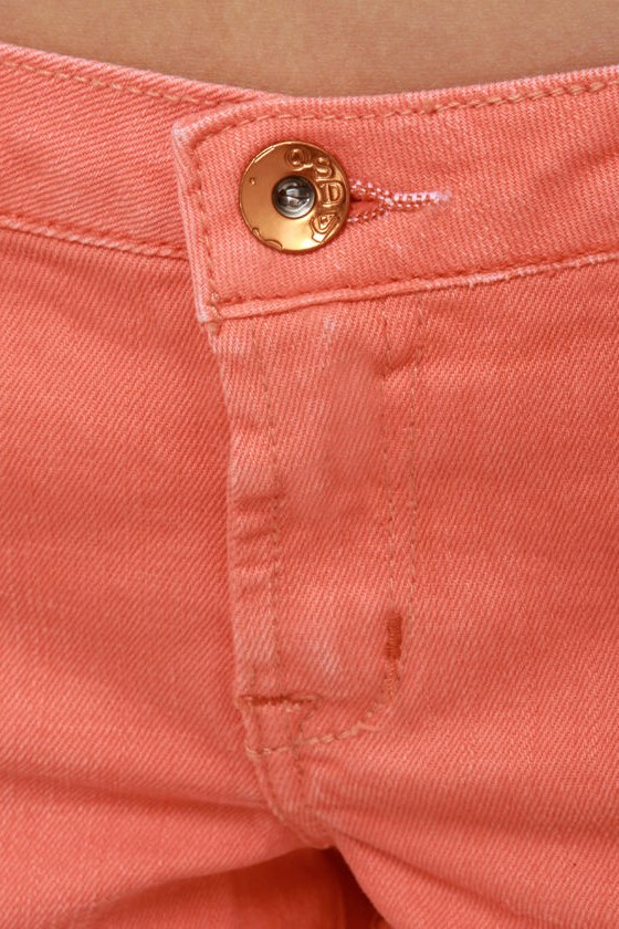 Quiksilver Breezer Coral Cutoff Jean Shorts at Lulus.com!
