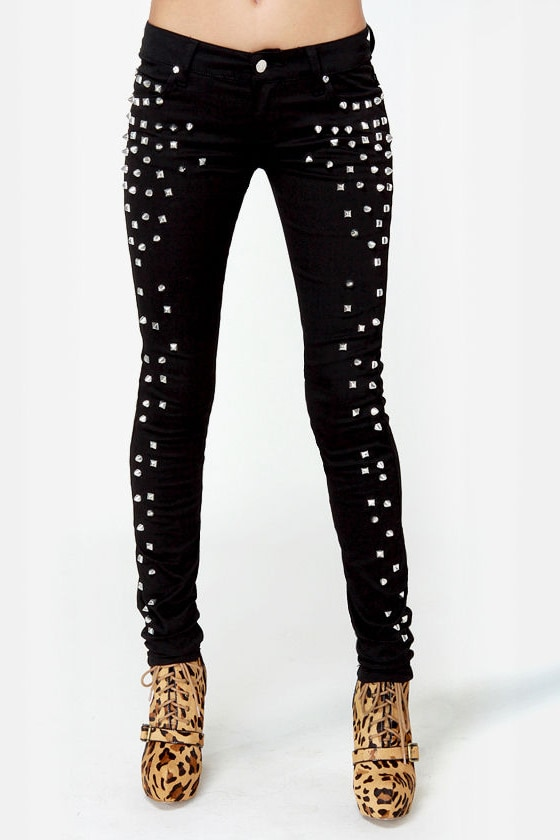 Tripp NYC Black Rock Studded Black Skinny Jeans at Lulus.com!