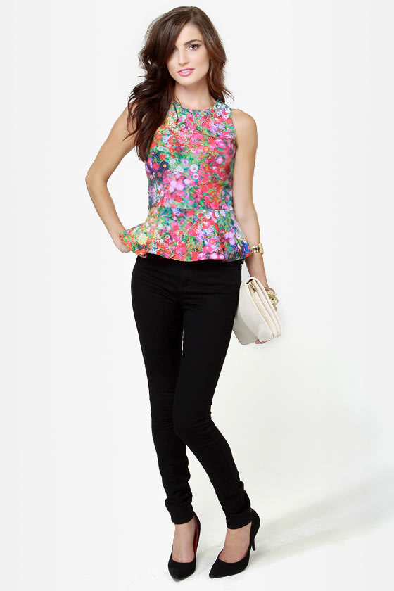 Floral Plans Sleeveless Floral Print Top
