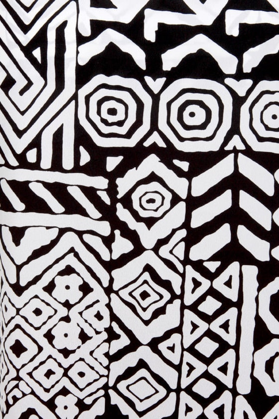 Maze to Order Black and White Print Top