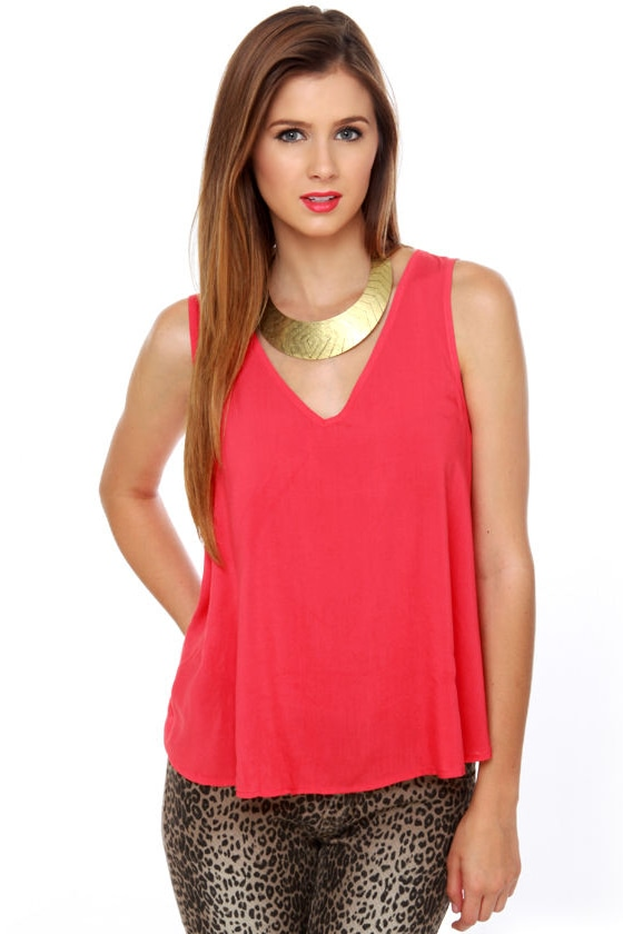 Cage Turner Red Tank Top at Lulus.com!
