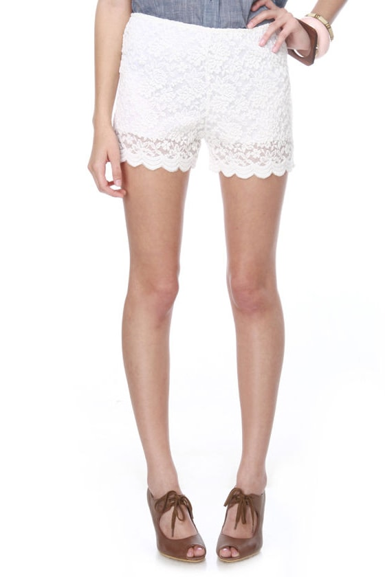 Mrs. Nice Stride White Lace Shorts