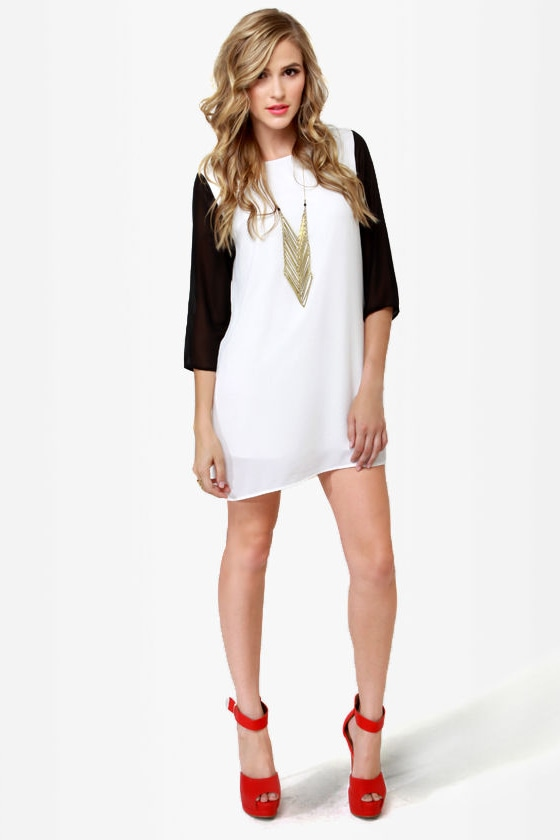 Au Pair Black and Ivory Shift Dress