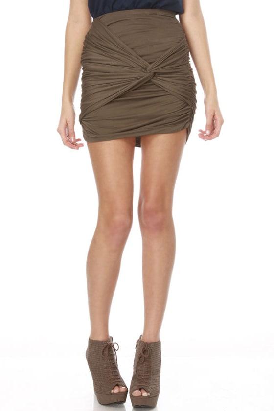 Twist of Line Olive Green Skirt