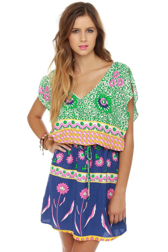 Lucy Love Happy Villa Floral Print Dress at Lulus.com!