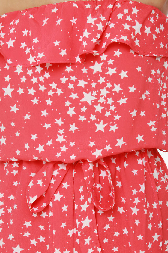 Lucy Love Jerry Hall Strapless Red Star Print Dress at Lulus.com!