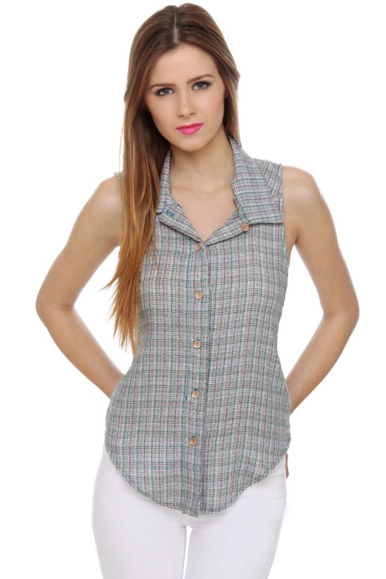 Great Lakes Plaid Tank Top at Lulus.com!