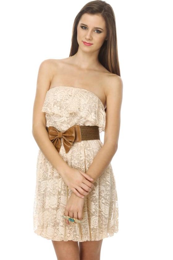 Dallas Dame Beige Lace Dress