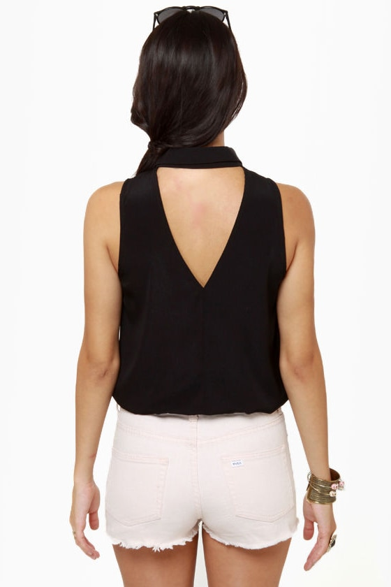 Collared Queens Sleeveless Black Top at Lulus.com!