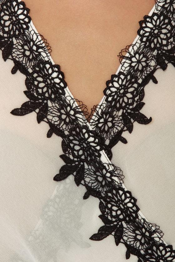 Belgian Espalier Beige and Ivory Dress