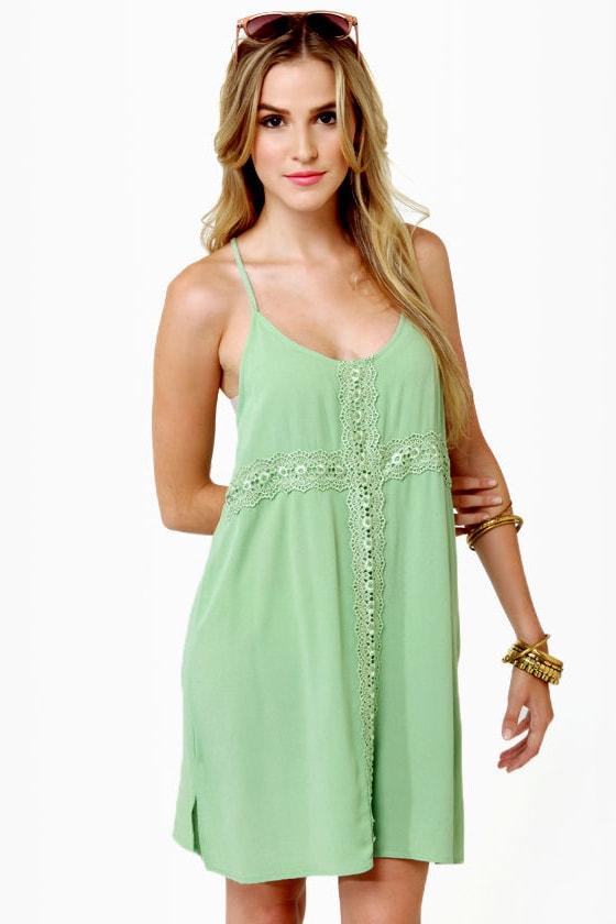 Cute Light Green Dress - Lace - 169.5KB