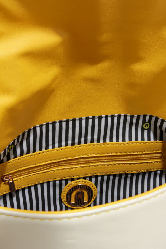 Block It To Me Yellow Color Block Purse at Lulus.com!