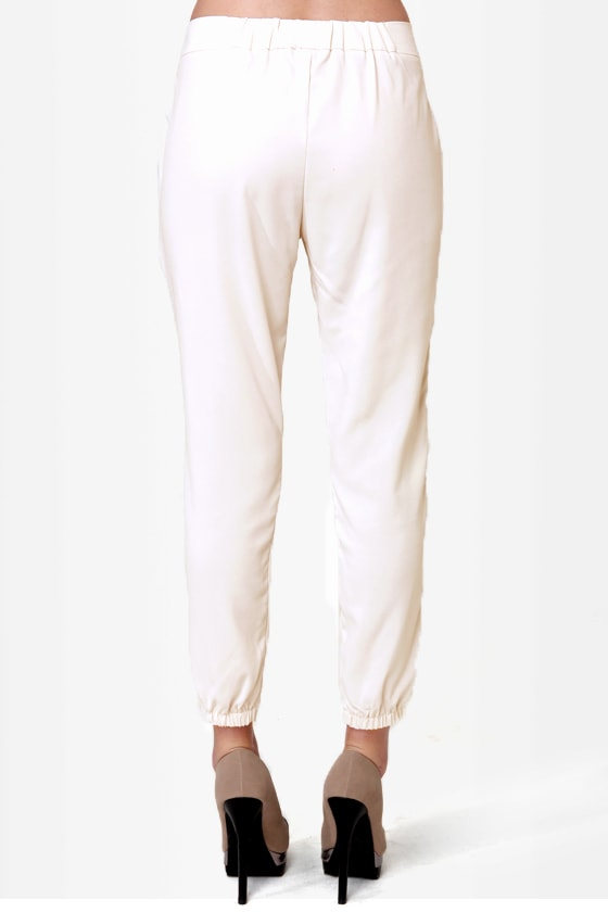 Costa Blanca Coast to Coast Ivory Cropped Pants at Lulus.com!