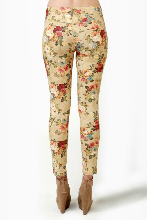 Blossom and Jetsam Beige Floral Print Ankle Jeans