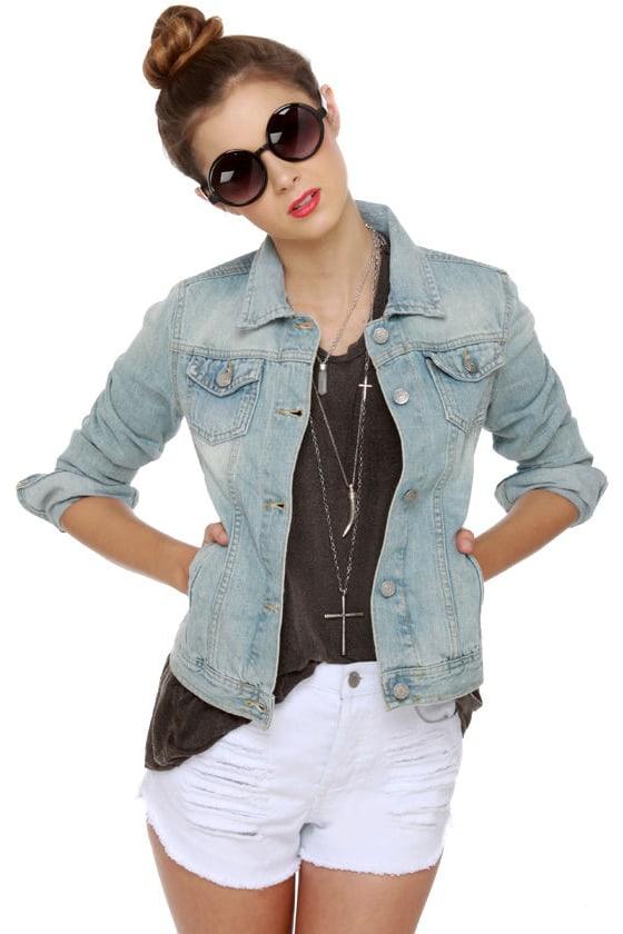 Brandy Melville Denim Jacket - Light Wash Denim Jacket - Jean Jacket -   96.00 78fe8c698