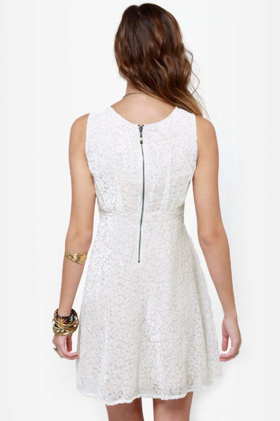 Fine Vine-ing Velvet Ivory Dress